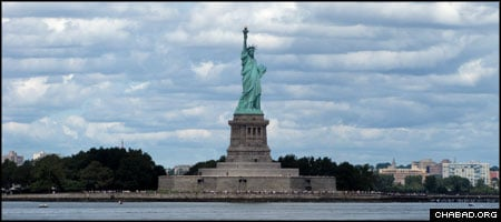 The Statue of Liberty welcomes approaching vessels to New York Harbor. (Photo: Kevin Hutchinson)