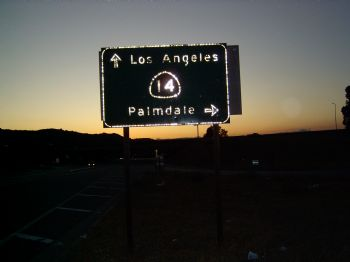 palmdale this way