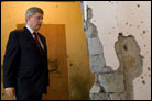 Canadian Prime Minister Tours Mumbai Chabad House