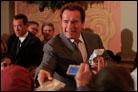 Schwarzenegger Enjoys Chassidic Dance at Capitol Lighting