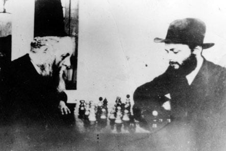 The Rebbe plays chess with his father-in-law in Perchtoldsdorf, Austria. Photo courtesy of Meir Harlig
