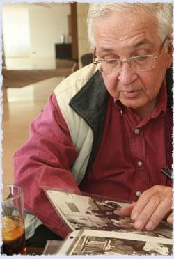 Dan Patir with his album