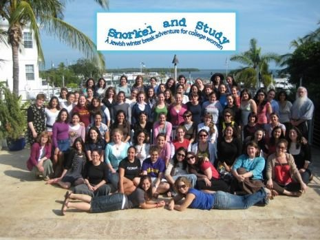 group pic of snorkel and study.jpg
