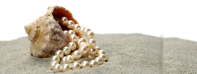 The Jewish Woman: Pearls Back in Style? Their Preciousness Never Left!