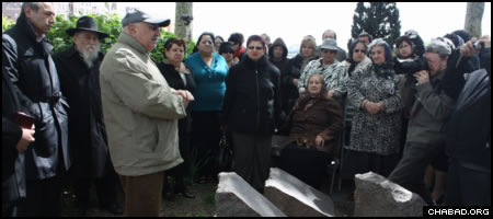 Holocaust survivors gathered at the Holocaust Memorial Park in the Sheepshead Bay section of Brooklyn, N.Y., Sunday to mark Victory Day. (Photo: Levi Stein)