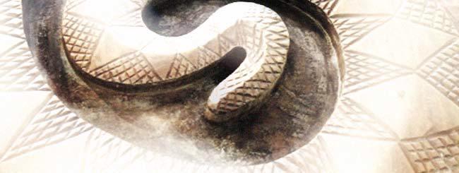 """Shuljan Shabat: """"Polémica en Egipto entre los Bastones y las Serpientes"""""""