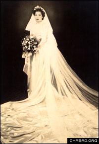"In 1946, Rivkah Krinsky married Rabbi Moshe ""Maurice"" Hecht."