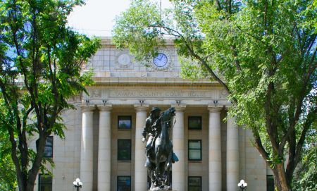 Our adventures took place right across the street from the historic courthouse in Prescott, AZ.