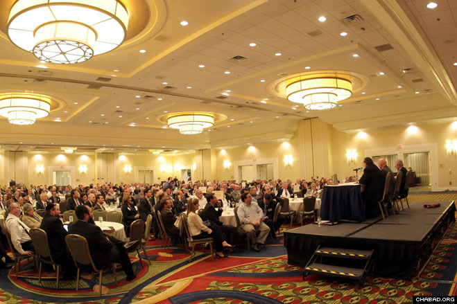 An overflow crowd of 400 attorneys and judges packed The Hanover Marriott in Whippany, N.J., to attend Chabad-Lubavitch of Southeast Morris County's fourth-annual Jewish Law Symposium.