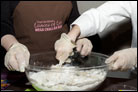 """Crowd of Women Bake """"Loaves of Love"""" for Wider Jewish Community"""