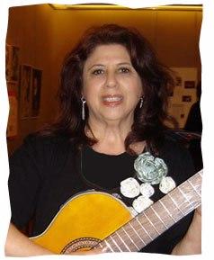Judy Buchman-Ziv performing