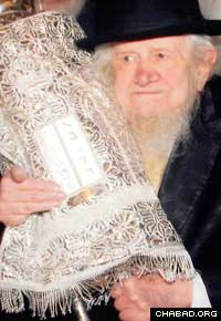 "Those who knew him remembered Rabbi Menachem Zeev ""Wolf"" Greenglass as a faithful spiritual leader who offered a mixture of wisdom, insight and profound understanding."