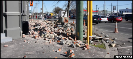 Rubble from a collapsed façade blocks the entrance to a Christchurch building one day after a 7.1-magnitude earthquake devastated parts of New Zealand's second-largest city back in September 2010. (File photo: Ann Devereux)