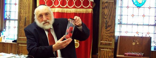 Chasidic Scientist, Solar Energy Pioneer, Passes Away