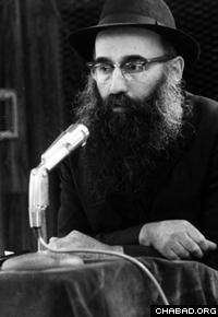 Rabbi Dovid Raskin (Photo: Lubavitch Archives)