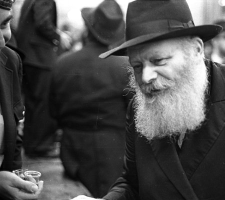 Photo: Yossi Melamed/Lubavitch Archives