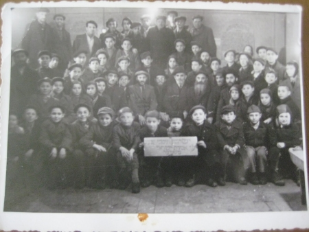 Mendel and his schoolmates at the Steyr Torah school.