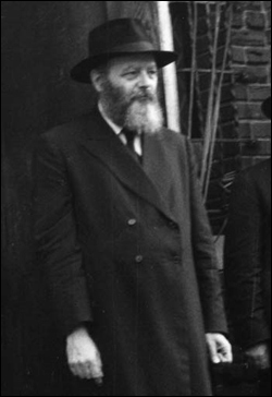 The Rebbe. (Photo: Lubavitch Archives)