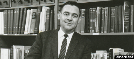By the 1960s, Professor Velvl Greene was already well-known in the fields of public health and microbiology. (Photo: Lubavitch Archives)