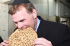 Canadian FM Devotes Chunk of Israel Visit to Kfar Chabad