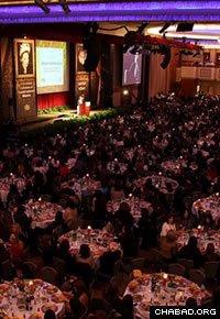More than 3,000 people filled a ballroom at the Hilton New York. (Photo: Rivka Lifshitz)