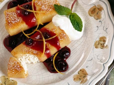 cheese-blintzes-with-cherry-sauce-456.jpg