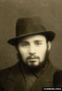 The young rabbi as a student in Latvia. (Photo: Lubavitch Archives)