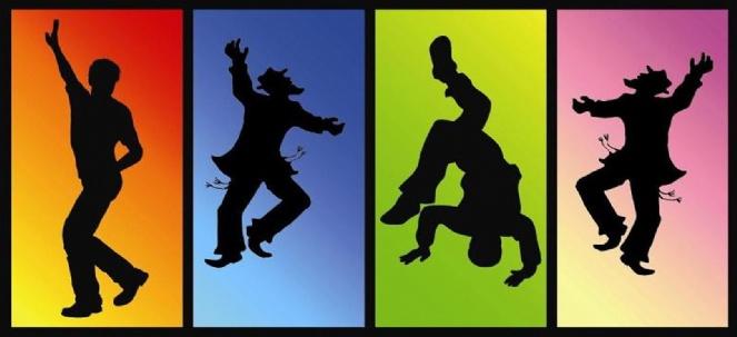 Simchas Torah Dancing.jpg