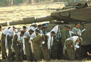 IDF-soldiers-davening1.jpg