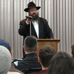 Rabbi Shais Taub (Photo: Ina Yang/Daily Northwestern)
