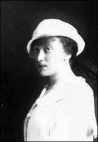 Rebbetzin Chaya Mushka Schneerson in her youth