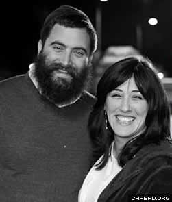 Rabbi Yitzi and Dina Hurwitz, co-directors of the Chabad Jewish Center of Temecula Valley, Calif.