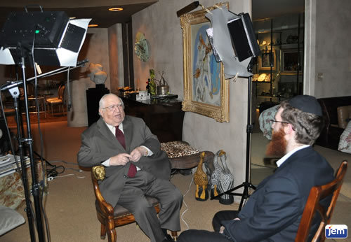 Rabbi Solomon Trau being interviewed by JEM