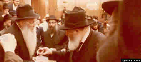 "Rabbi Yehudah Leib (""Reb Leibel"") Bistritzky with the Rebbe."