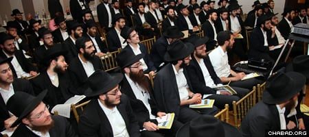 Yeshivah students poised to travel to far-flung destinations around the world attended an annual training session last week in the Crown Heights neighborhood of Brooklyn, N.Y. (Photo: Bentzi Sasson)