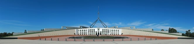 Parliament_House,_Canberra,_Pano_jjron_25.9.2008-edit1.jpg