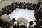The Rebbe's Emissaries Gather at His Resting Place