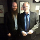 Rabbi gives Quebec Kippa to PQ MNA in Studio