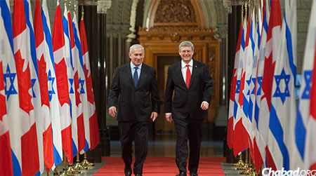 Prime Minister Stephen Harper of Canada (right) with Prime Minister Benjamin Netanyahu of Israel during a visit by Netanyahu to Canada. Harper left for Israel this week for a four-day trip. (File Photo: Government of Canada)