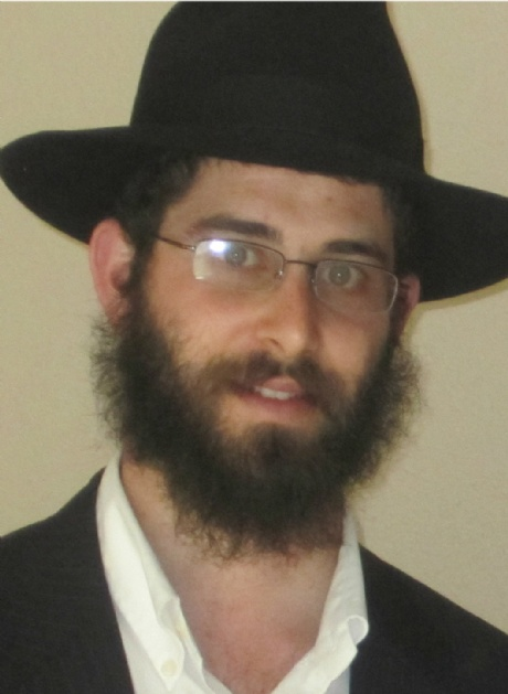 Rabbi Chezky Thaler-cropped.jpg