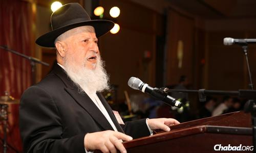 Rabbi Moshiach Chudaitov described his experiences in the the Jewish underground. (Photo: Bentzi Sasson)