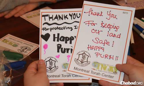 Girls at the Montreal Torah Center express their gratitude. (Photo: Montreal Torah Center)