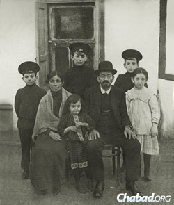 Mendel Beilis and family after the trial.