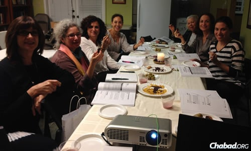 The Rosh Chodesh Society brings women together for learning, socializing and snacks.