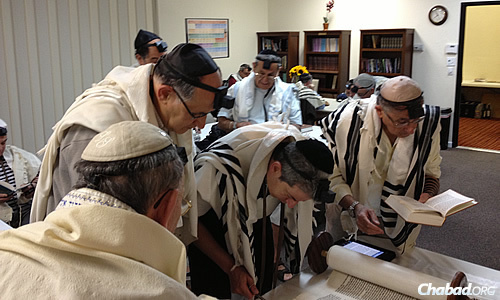 En route to the Grand Canyon, many take time for prayer at the Chabad Jewish Community Center of Flagstaff, Ariz.