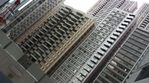 כך נראים בניינים טיפוסיים בהונג קונג