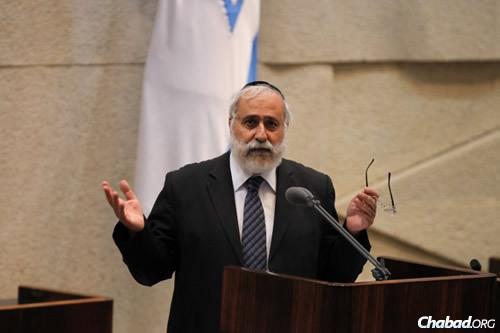 MK Nissim Ze'ev (Photo: Itzik Harari, Knesset)