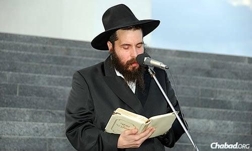 Rabbi Moshe Moskowitz, chief rabbi and head Chabad emissary of Kharkov