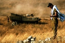 חייל-מתפלל-דובר-צהל.jpg