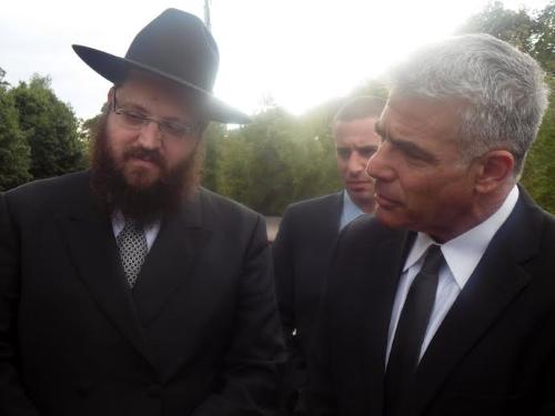 השר יאיר לפיד והרב יהודה טייכטל במפגש בברלין